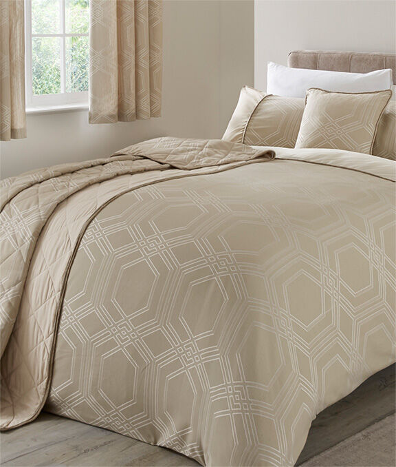 Homewear Inspirations | Harlow Jacquard Duvet Set | By Cotton Traders