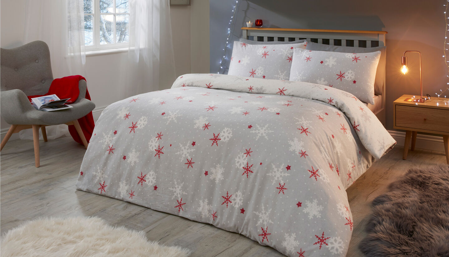 Christmas Homeware | Red Snowflake Brushed Cotton Duvet Set | By Cotton Traders