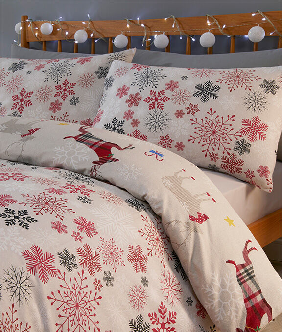 Christmas Homeware | Garland Reindeer Brushed Cotton Duvet Set | By Cotton Traders
