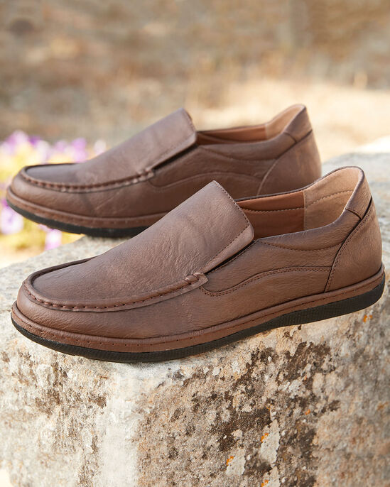 Dual Fit Slip-on Shoes