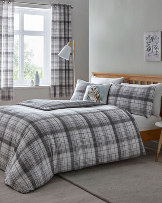 Caulfield Duvet Set