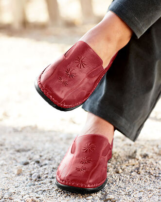 Cushioned Comfort Embroidered Loafer