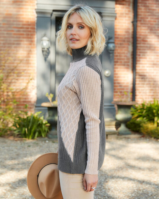 Chic Colourblock Knitted Jumper