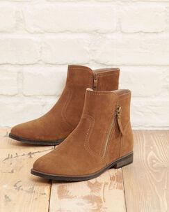 Zip Side Chelsea Boots
