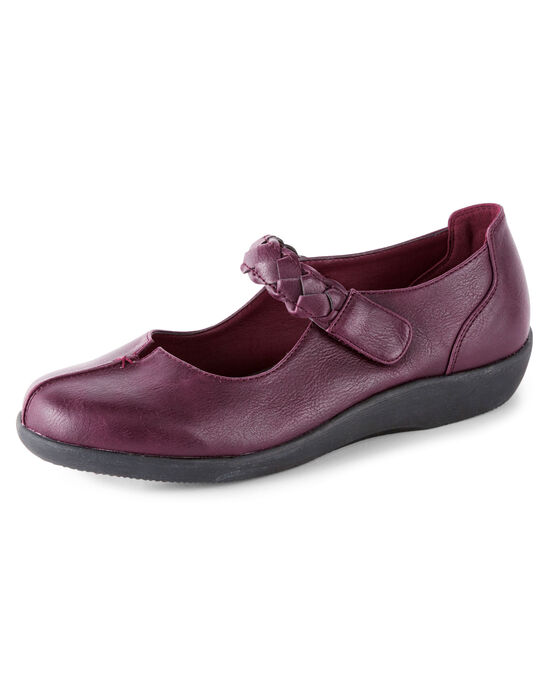 Cushioned Plaited Strap Shoes