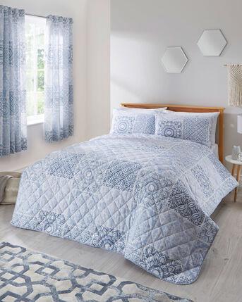 Lacey Bedspread