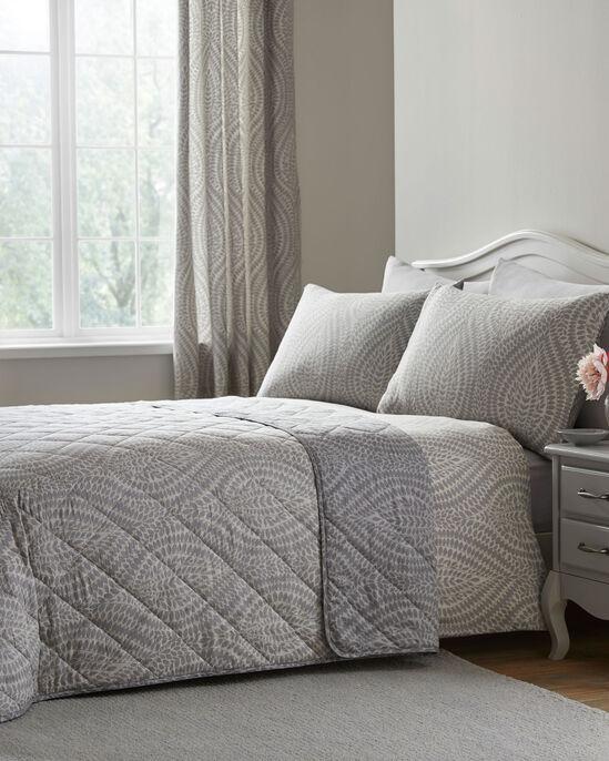 Erin 200 Thread Count Cotton Bedspread