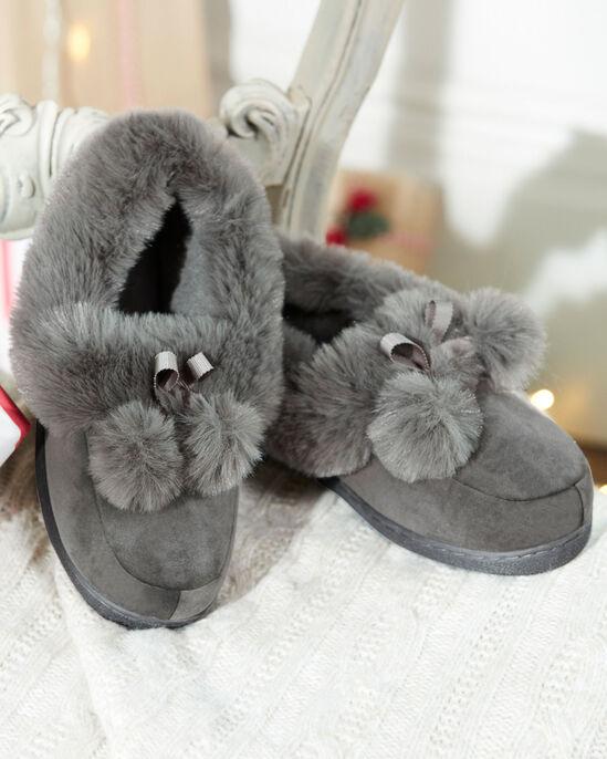 Pom Pom Slippers