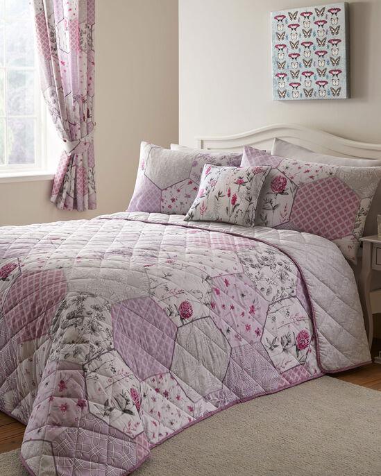 Cassandra Bedspread