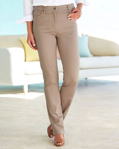 Magic Comfort Straight Leg Jeans