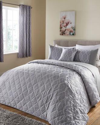 Cantello Jacquard Bedspread