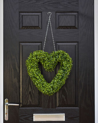 Faux Hanging Heart Topairy