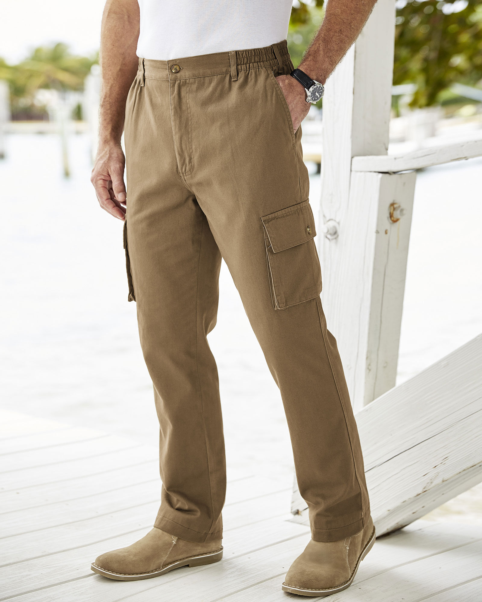 Cotton Casual Unisex Relaxed Trousers in GREEN with cargo side pockets