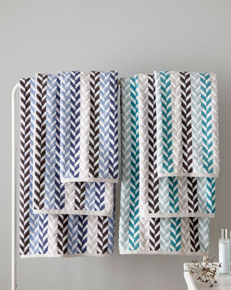 Chevron Bath Towel (580gsm)