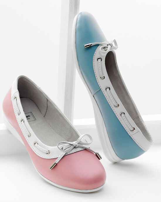 Leather Slip-On Bow Detail Shoes