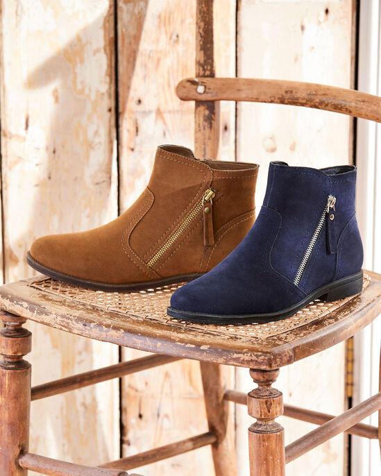476c1dce7cdfa Zip Side Chelsea Boots at Cotton Traders