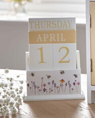 Busy Bee Perpetual Calendar