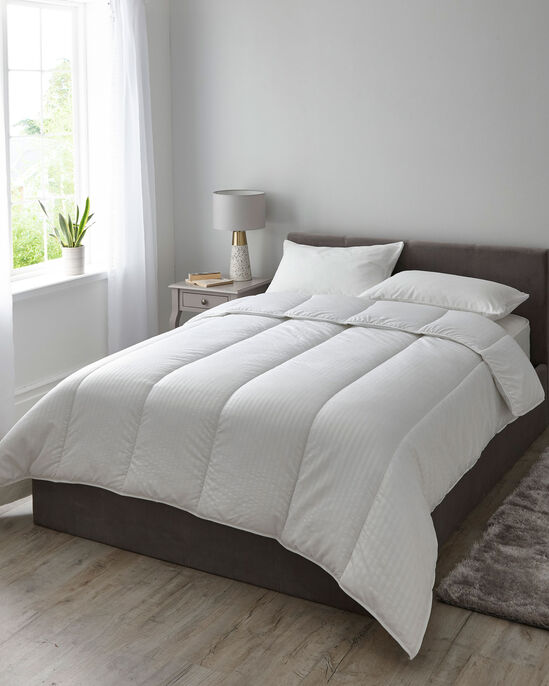 Deep Sleep 13.5 Tog Duvet