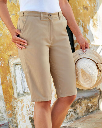 Wrinkle Free Adjustable Waist Shorts