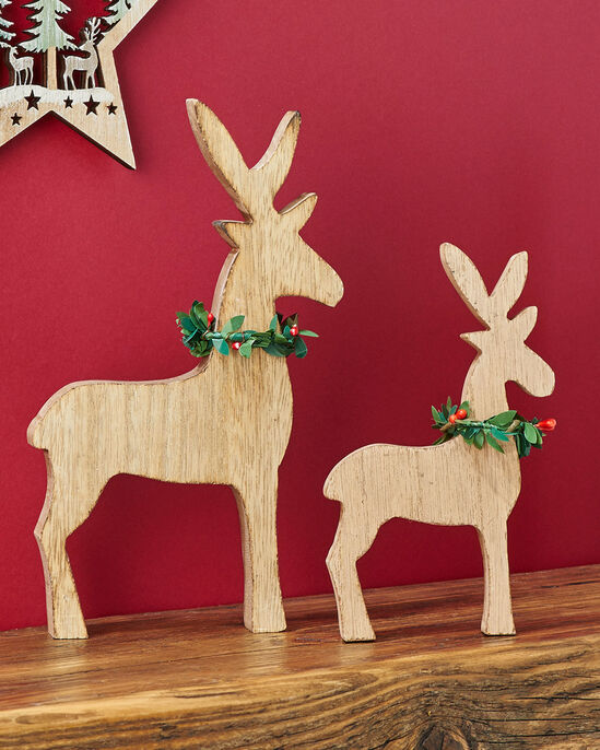 Set of 2 Wooden Deer