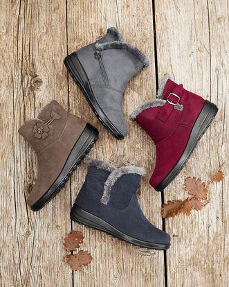 Side Zip Snug Boots