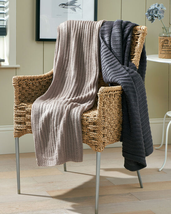 Chunky Knit Throw
