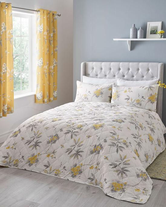 Mia Bedspread