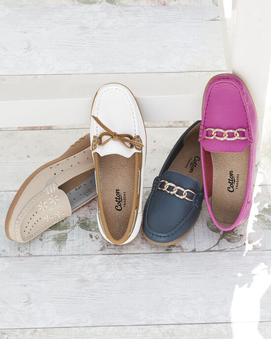 Leather Flexisole Chain Loafers