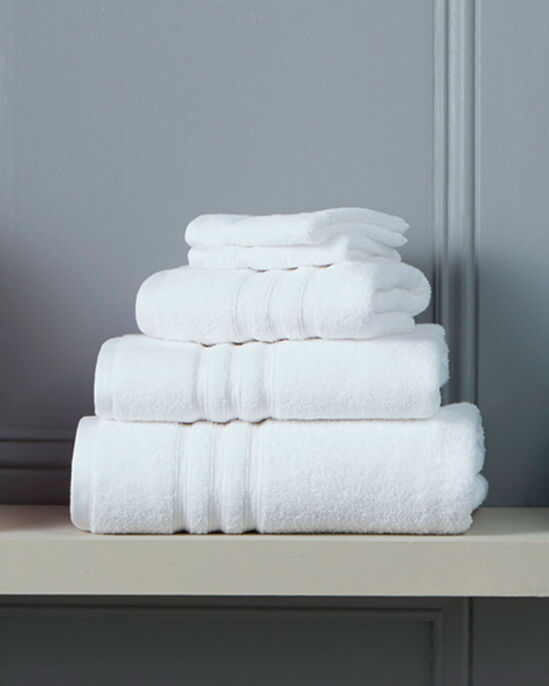 Soft Touch Pack of 2 Face Cloths (450g)